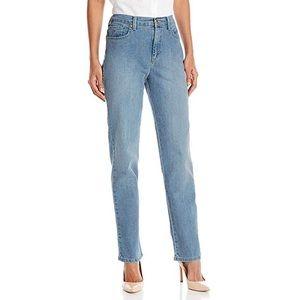 Gloria Vanderbilt Amanda Jeans Light Wash Mom Jean